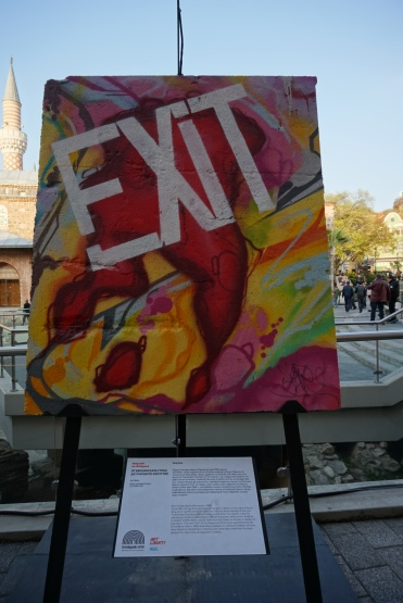 Parte el muro de Berlin