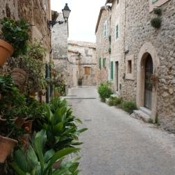 Las calles empedradas de Valldemosa